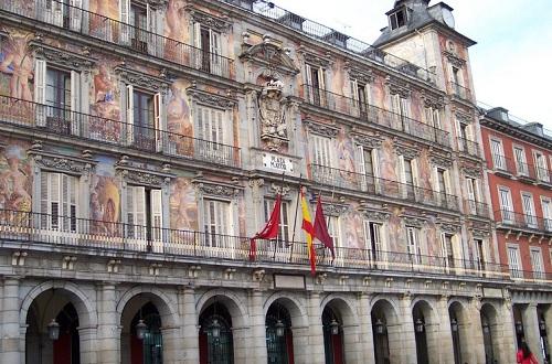 移民西班牙的永居条件好满足吗?