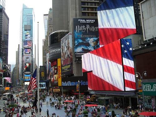 绿卡是美国身份的象征,它的优势体现在哪?