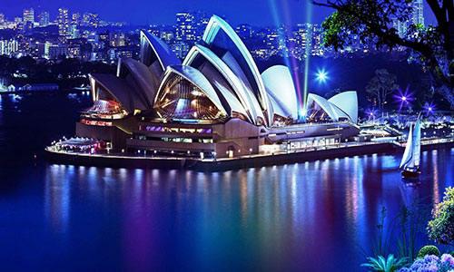 澳大利亚移民同比18-19财年增长60%