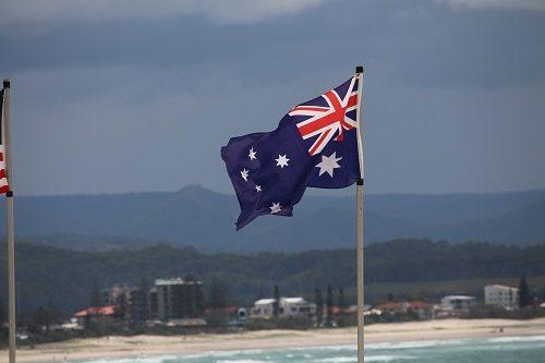 澳洲移民官方数据公布:中国移民人数65万,排第三!